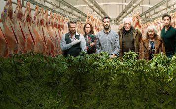 Ya está disponible en Netflix, la serie de comedia francesa Family Business que conjunta el humor judío y personajes bajo la influencia de la marihuana