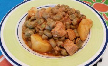 plato con habitas y carne de ternera