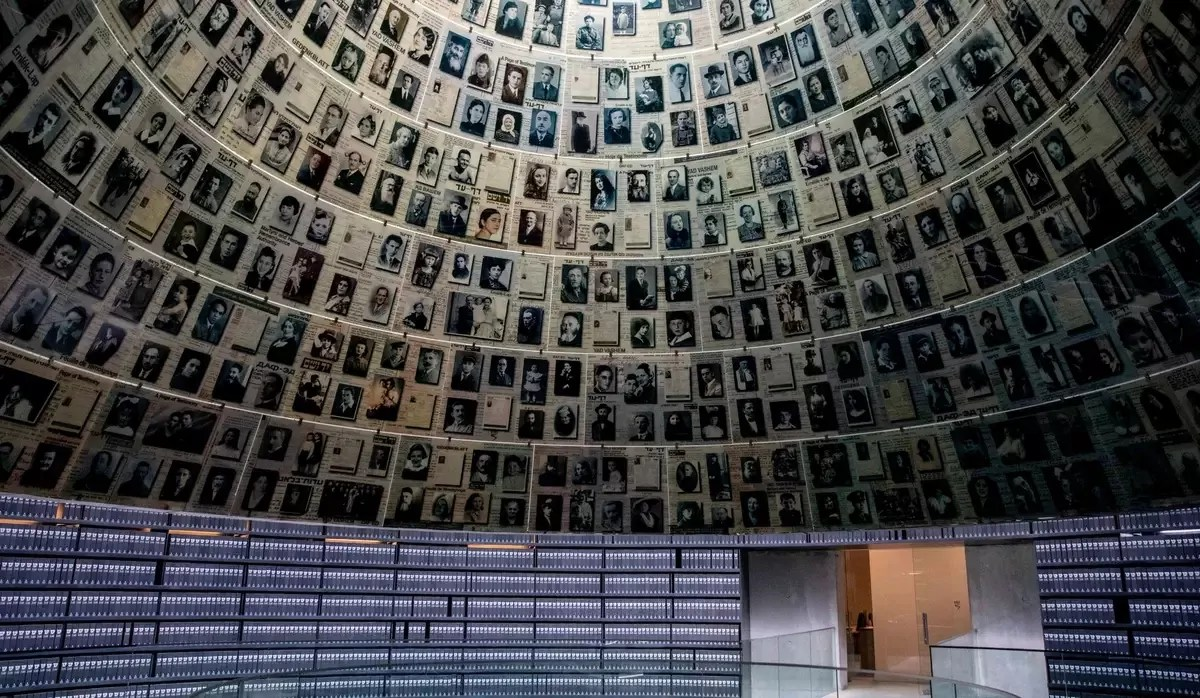 Museo del Holocausto Yad Vashem-historiadores polacos