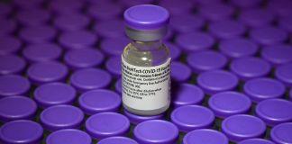 Envase de la vacuna de Pfizer-BioNTech