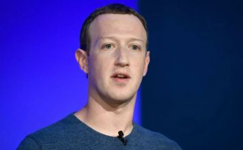 """Mark Zuckerberg, auguró que para 2030, las personas podrían usar anteojos inteligentes avanzados para """"teletransportarse"""""""