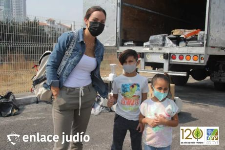 KKL y Eco Azteca, organizaron una recolección de aparatos electrónicos que ya no tuvieran uso, en el marco de la celebración del Día Mundial de la Tierra