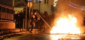 Escena de los disturbios en Jerusalén del 22 de abril de 2021