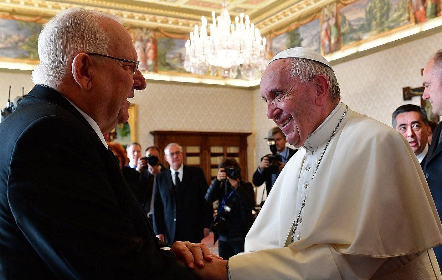 El presidente de Israel, Reuven Rivlin y el Papa Francisco