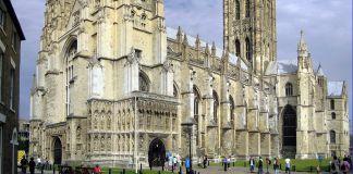 Iglesia de Inglaterra se disculpó por folleto con rezos para antes de Pascua y recomendaciones para realizar costumbres observadas por los judíos en Pésaj