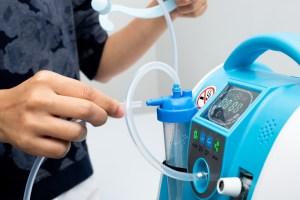 Tras el llamado del gobierno indio de ayuda internacional, una agencia con sede en Israel enviará cientos de concentradores de oxígeno a Nueva Delhi, India