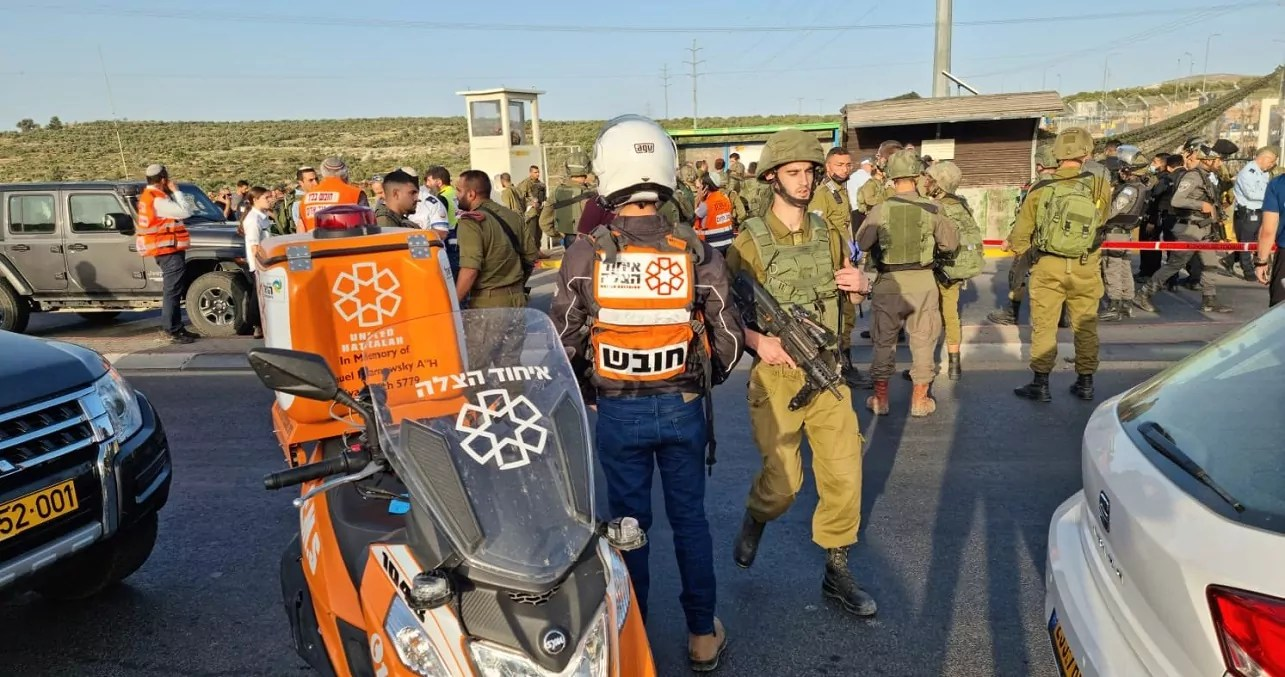 Cruce Tapuaj en Judea y Samaria (Cisjordania)
