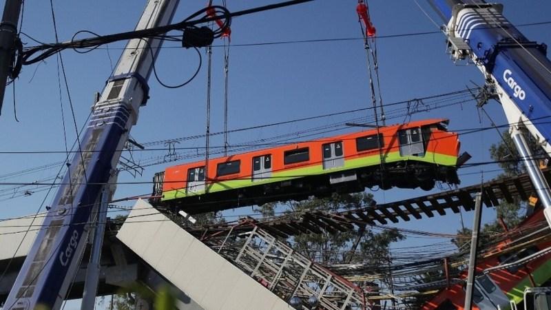 Imagen del vagón colapsado de la línea 12 del Metro de la Ciudad de México