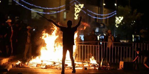Nueva noche de tensión en Jerusalén deja al menos 64 palestinos heridos