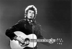 Irving Gatell nos lleva de paseo por los detalles más interesantes de la vida de este extravagante judío norteamericano, Bob Dylan