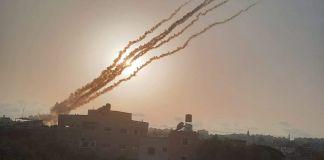 Cohetes disparados desde Gaza hacia Israel