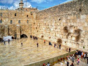 Menashe Zugman, guía turístico con más de 30 años de experiencia, nos hace un gran recorrido por la historia de Jerusalén y sus acontecimientos