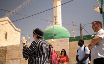 Doce jóvenes cristianos adultos llegaron a Israel la semana pasada para la primera gira Passages desde el inicio de la crisis del coronavirus