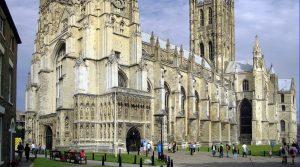 """La iglesia anglicana planea """"acto de arrepentimiento"""" formal con los judíos británicos el próximo año por leyes antisemitas promulgadas en 1222"""