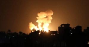Gaza durante un ataque aéreo israelí