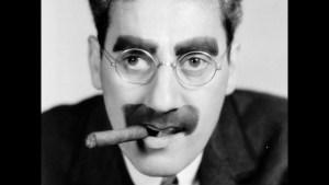 """Irving Gatell nos cuenta la vida y obra de Groucho Marx, autor de frases célebres como esa de """"estos son mis principios; sino le gustan, tengo otros"""""""