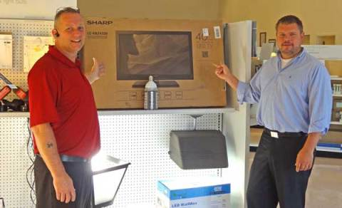 CN Robinson Lighting Supply Wins MaxLite Sweepstakes