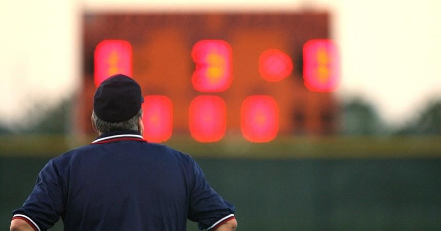 umpire-1599593_1920