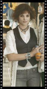 Cómo vestir a tu secundaria: Alice Cullen de pie