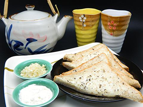 蒜米面包  Garlic Bread