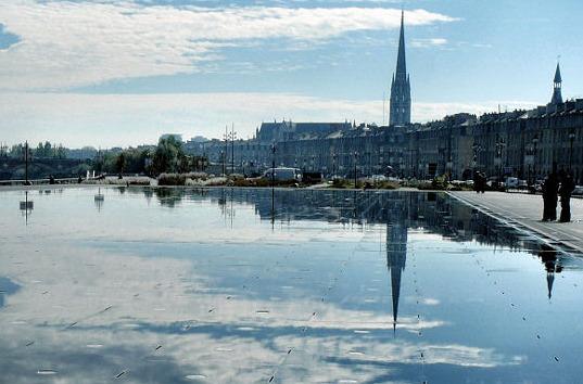 Bordeaux, la ville miroir