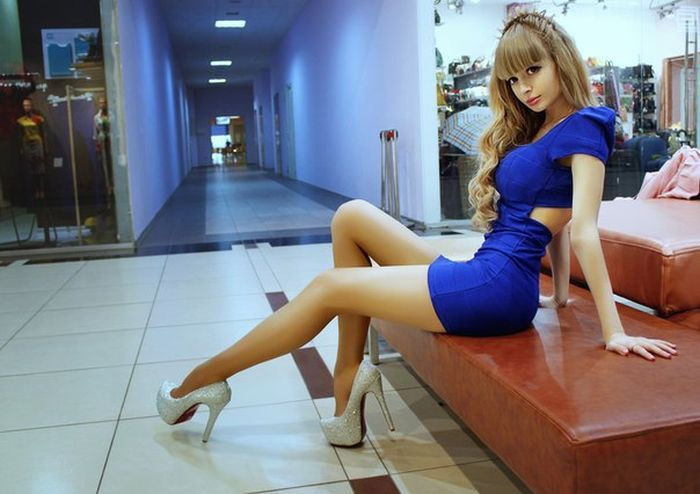 Angelica Kenova - Barbie Russe