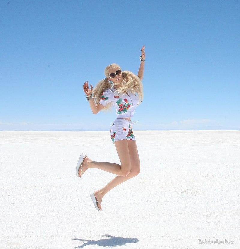 Valerya Lukyanova - Barbie de l'Ukraine