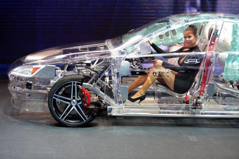 La voiture transparent c'est invisible