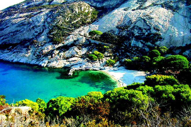 island-of-montecristo1
