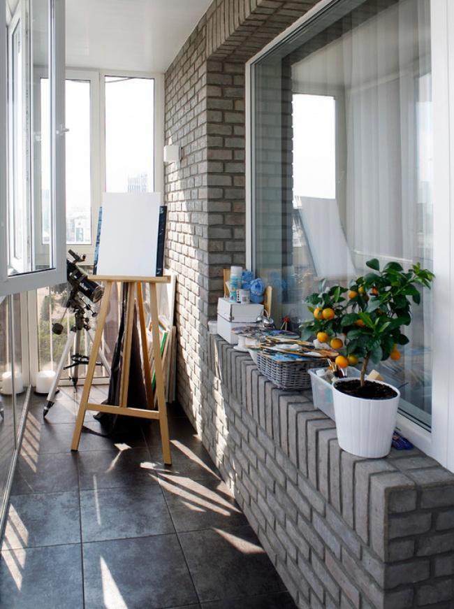 1180705-650-petit balcon
