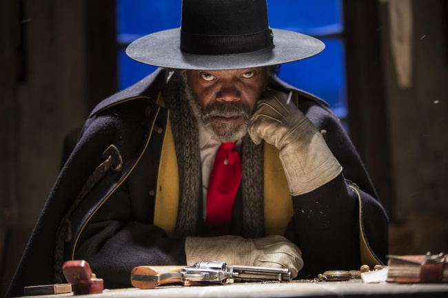 9099365-650-1461917174-The-Hateful-Eight-Movie-2016-Picture-Samuel-L-Jackson