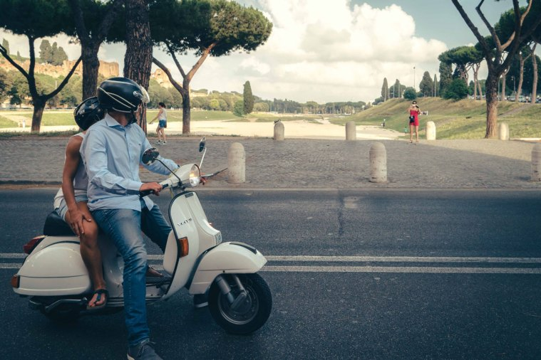 6_Rome-Scooterama-Tour-Overlooking-Park