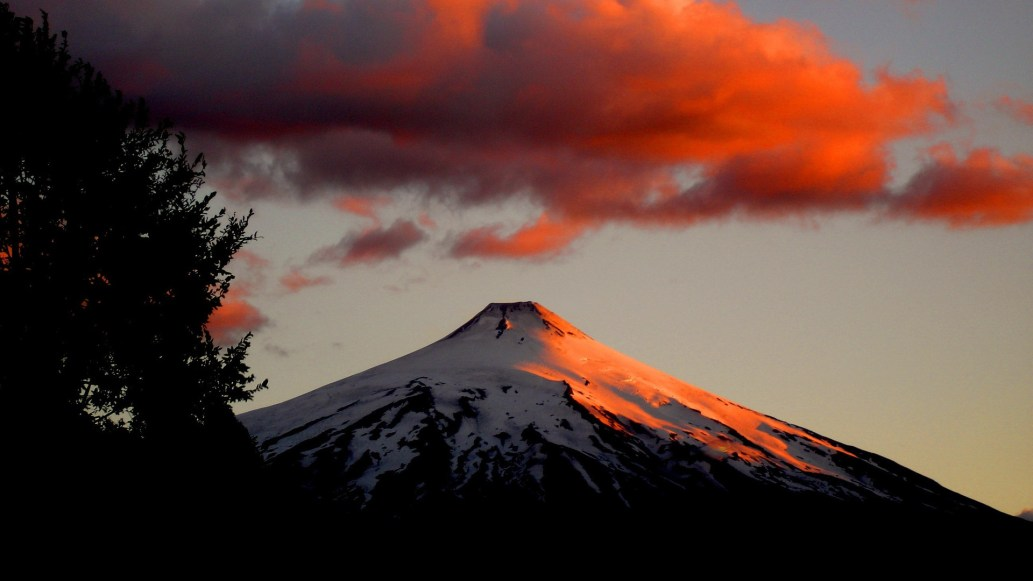Villarrica-Volcano-at-sunset-Chile