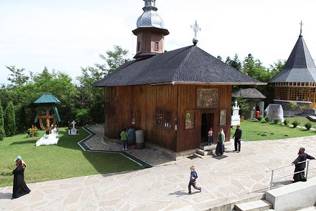 monastere-sihla-1