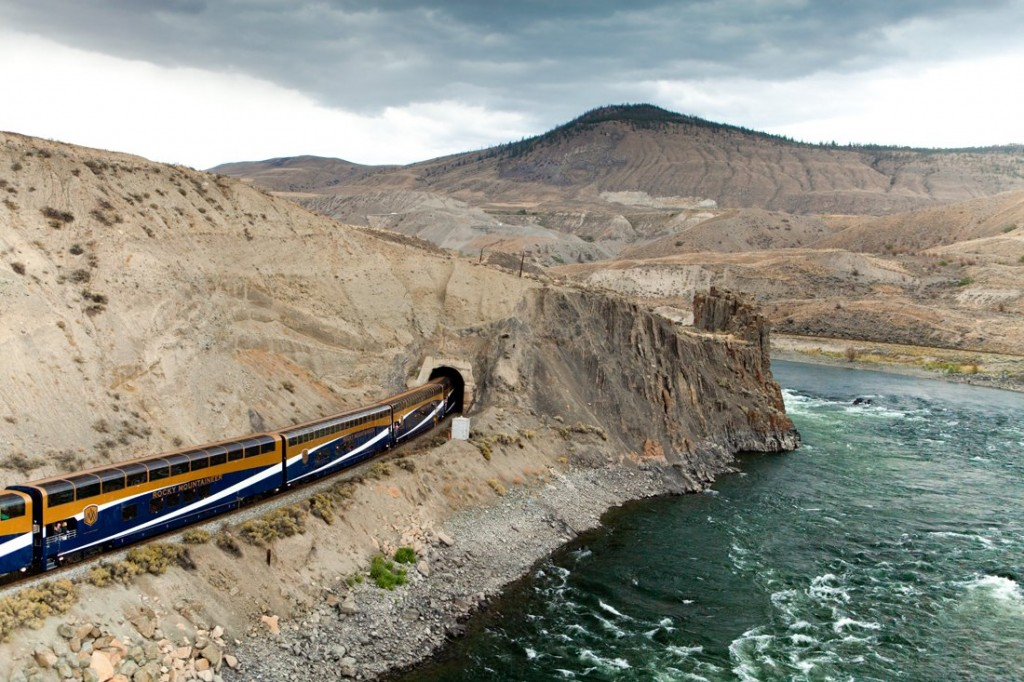 10-of-the-most-scenic-train-routes-in-the-world-6