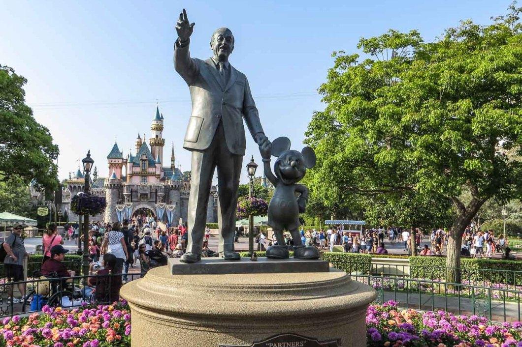 Disneyland_Anaheim