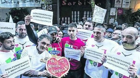 """Napoli / Positano . Sorbillo """"La vera sfida è la formazione"""". Parla il pizzaiolo più famoso al mondo"""