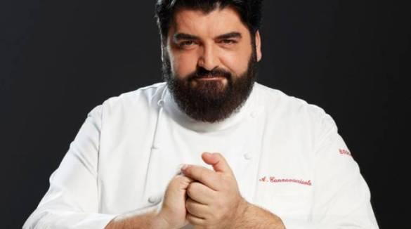 Antonino Cannavacciuolo e la tradizione della pastiera: ecco la ricetta dello chef di Vico Equense