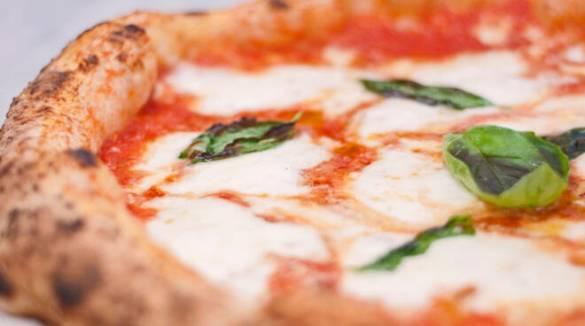 Top pizza 2021: la Campania domina la classifica, ma la miglior pizza del mondo non è napoletana