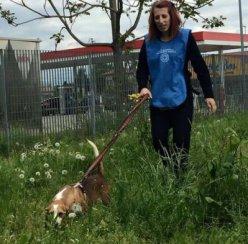 Lupin con volontaria Sara_NS-0007