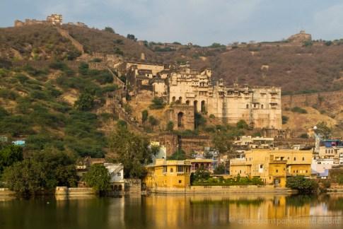 Bundi, vue depuis le lac