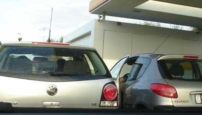 Si no me dices como llegar no te bajas del coche.