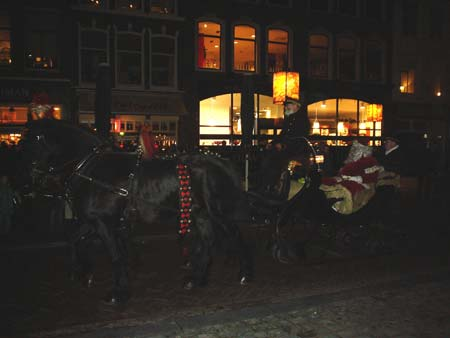 Sinterklaus en persona en Gouda.