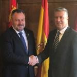 encuentro del presidente de la Diputación de León con el alcalde de Miranda do Douro