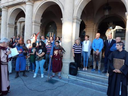 """Cuando León dijo """"no es no"""" y puso fin al infame tributo de las 100 doncellas"""