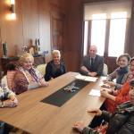 José Antonio Diez recibe a la asociación cultural Águedas de León