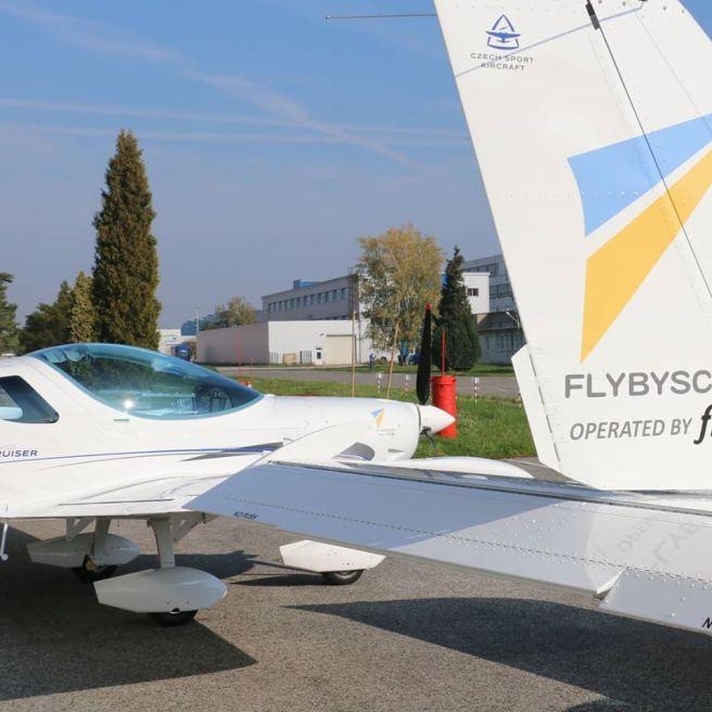 Escuela de Pilotos FlyBySchool