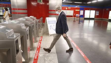 Metro prepara la desescalada