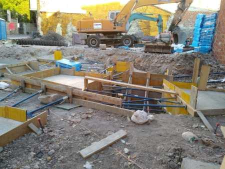 nueva construcción situada junto a la Santa María la Nueva de Zamora