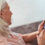 APOLO, un smartphone Android diseñado para los usuarios sénior